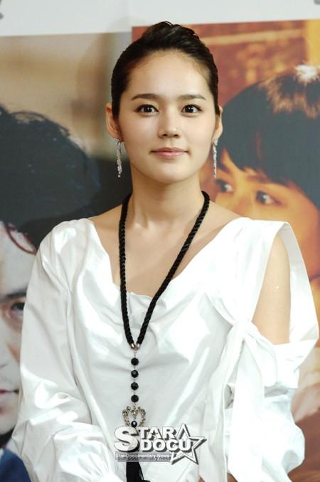 近期关于 魔女柔熙 电视剧的韩网新闻标题和 魔女柔熙吧